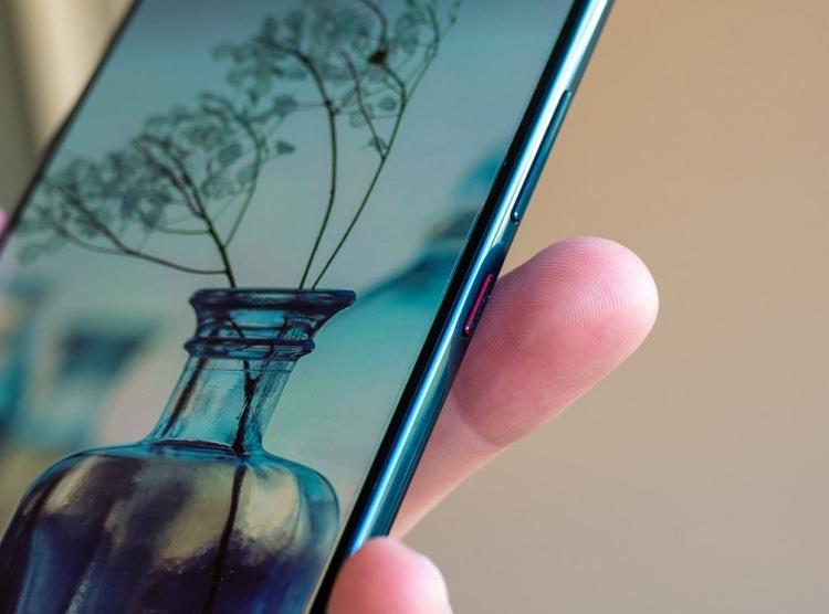 Huawei, 5G'li telefonu Mate 20 X'i tanıttı