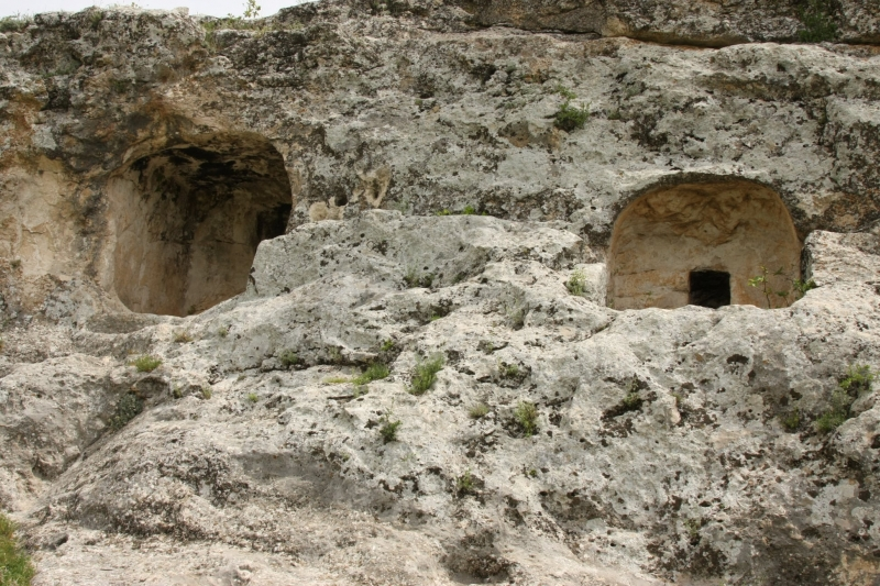 Bademli Köyü Mağaraları Tarihe Işık Tutacak