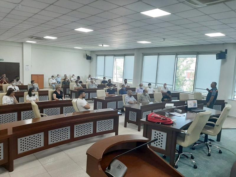 Bağlar Belediyesi personellerine afet eğitimi verildi