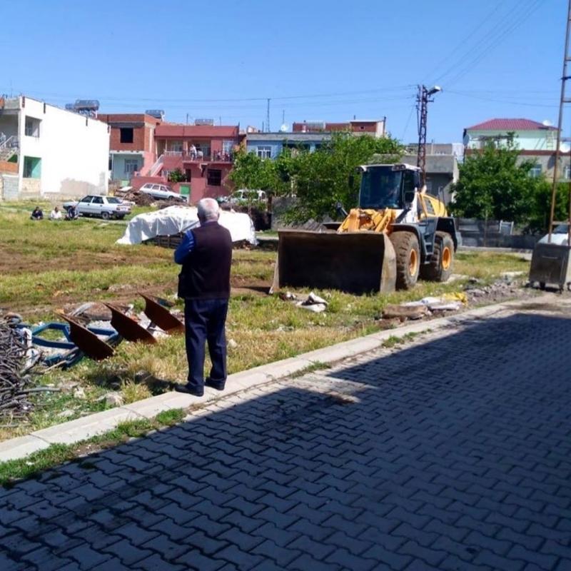 Belediye mahallelerde temizlik çalışması başlattı