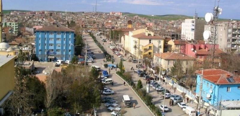 Bismil'de iki aile arasında kavga: 2'si polis 6 yaralı