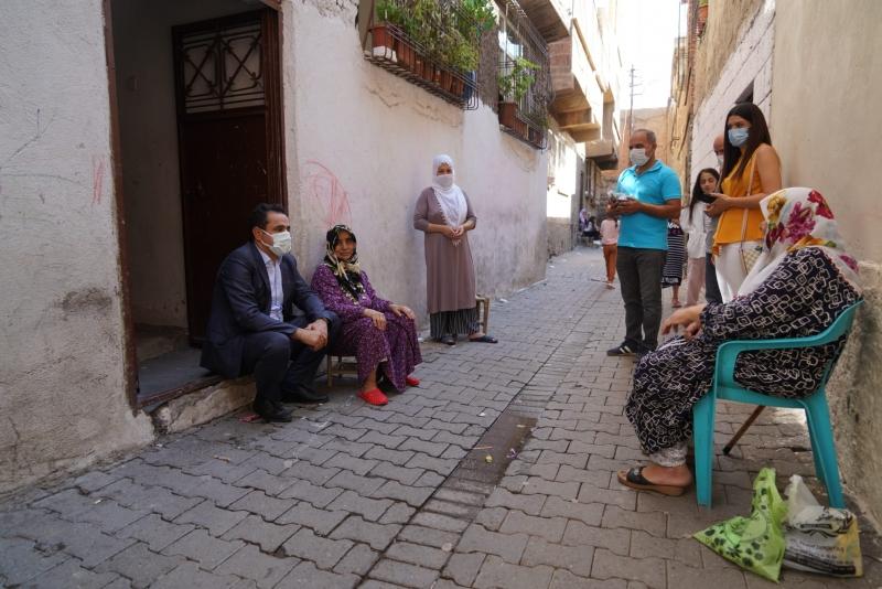 Büyükşehir'den ulu çınarlara bayram ziyareti