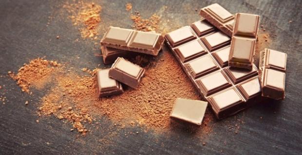 Çikolata ve içeceklere dikkat