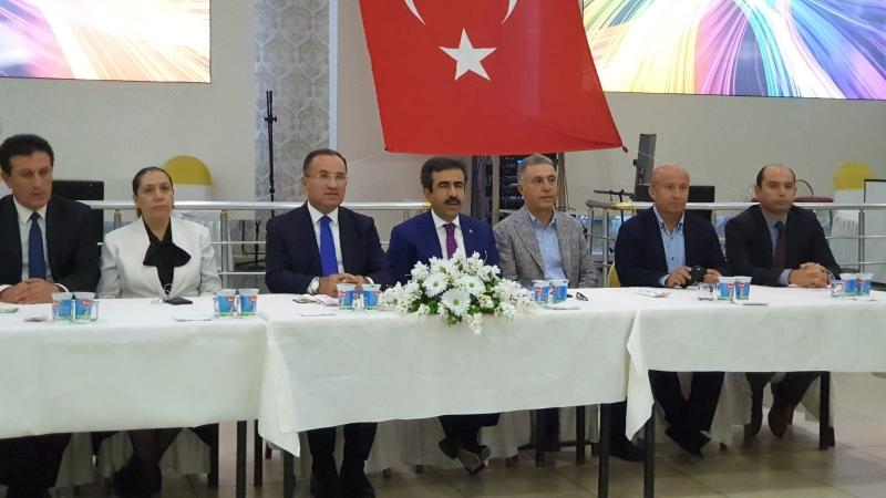 Cumhurbaşkanı erdoğan, husumetli aileleri barıştırdı, 'barış' yemeğine telefonla bağlandı