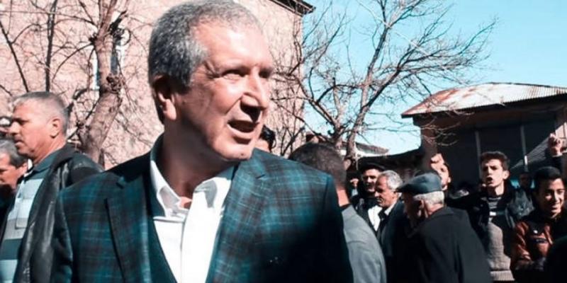 Çüngüş Belediye Başkanı partisinden istifa etti