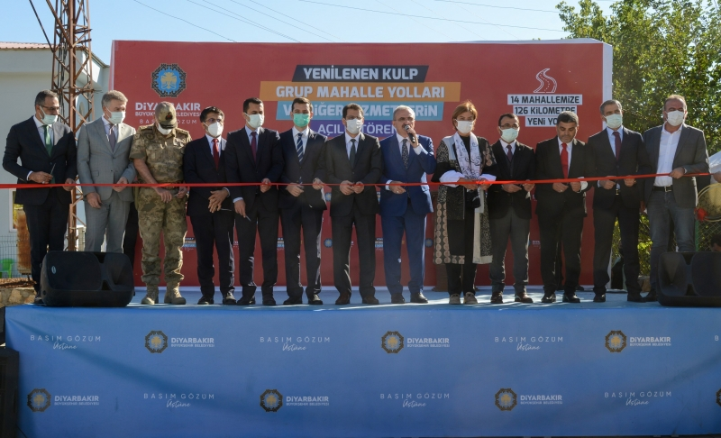 Diyarbakır Kulp'ta yenilenen 126 kilometre yolun açılışı gerçekleştirildi