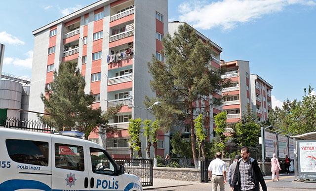 Diyarbakır'da 36 daireli 2 binada koronavirüs karantinası