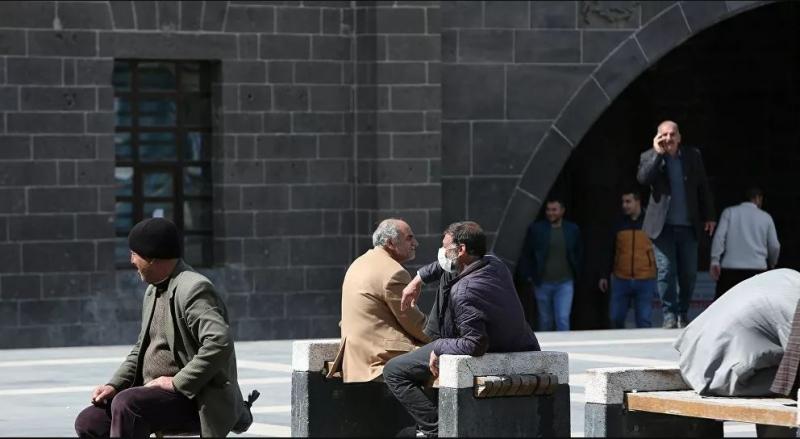 Diyarbakır'da koronavirüsle mücadele için İl Pandemi Kurulu yeni kararlar aldı