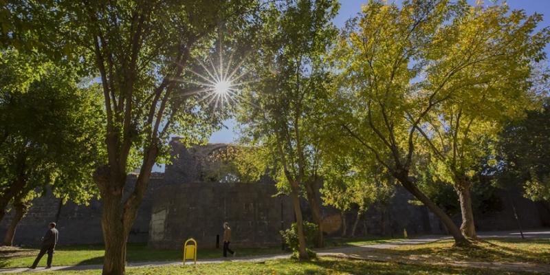Diyarbakır'da sonbahar güzelliği