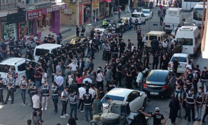 Diyarbakır'da yürüyüş gerginliği!