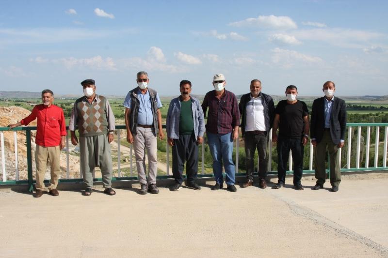 Ergani çiftçisi ikinci ürüne su vermeyen DSİ'den şikâyetçi