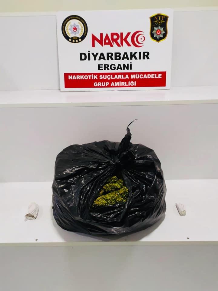 Ergani'de 3 kilo 150 gram esrar ele geçirildi