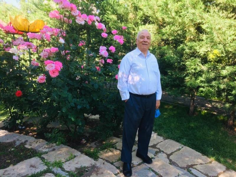 Ergani'de 65 yaş ve üstü vatandaşlar tekrar sokağa çıktı