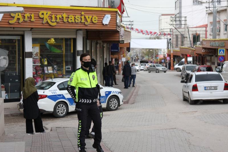 Ergani'de koronavirüs tedbirleri nedeniyle sakinlik sürüyor