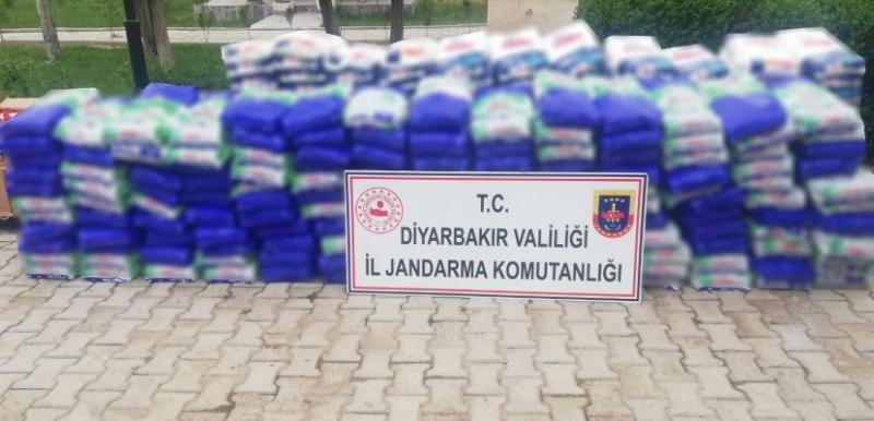 Ergani'de tonlarca sahte deterjan ele geçirildi