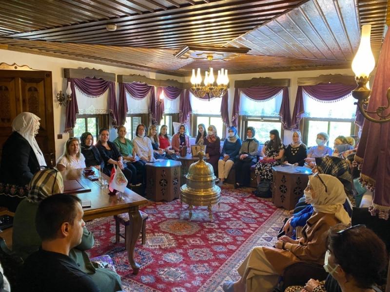 Kadınlar Bursa'da kooperatifçiliği deneyimledi