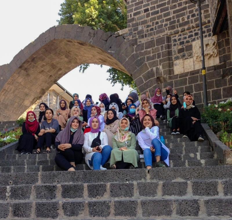 Konukevi Kız Yurdu öğrencilerine moral gezisi