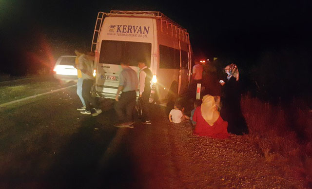 O İlimizde Kına gecesine giderken kaza: 5 yaralı