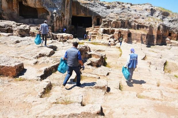 Tarihi Mekanlarda Çevre Temizliği Başlatıldı
