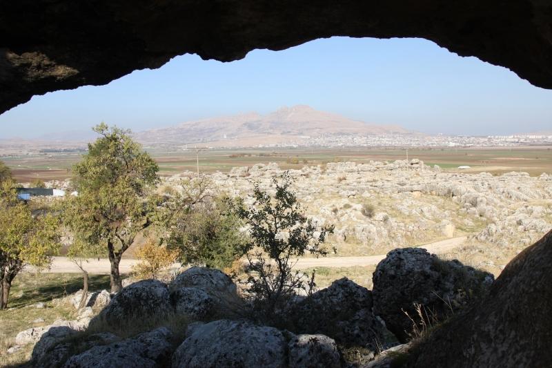 Tarihine Işık Tutan Çayönü ve Hilar Mağaraları