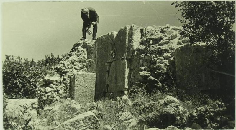 Zamana ve Savaşlara Yenik Düşen Ergani Kalesi