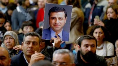 DEMİRTAŞ'TAN HDP'YE: ADAYLIĞIMI TARTIŞMAYIN