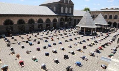 Diyarbakır'da Cuma Namazı kısıtlamadan muaf