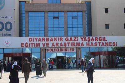 DİYARBAKIR'DA HASTANELER DOLDU!