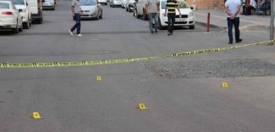 Diyarbakır'da husumetli gruplar arasında kavga: 2 yaralı