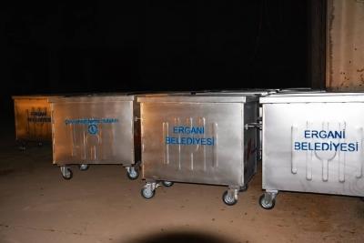 Ergani Belediyesi 500 çöp konteyneri satın aldı