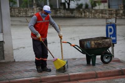 Ergani'de 1 Mayıs'ı çalışarak geçiriyorlar