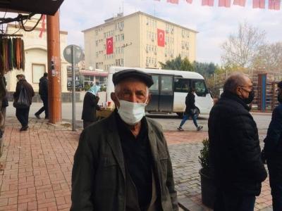Ergani'de 65 yaş ve üzerindeki vatandaşlar tekrar dışarı çıktı