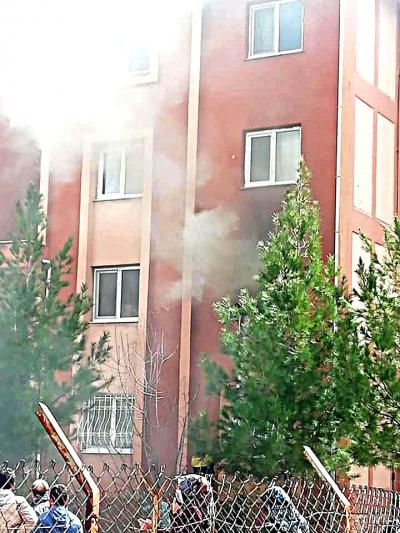 Ergani'de çıkan yangında bir kadın hayatını kaybetti