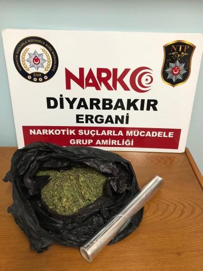Ergani'de uyuşturucu operasyonunda yakalanan zanlı tutuklandı