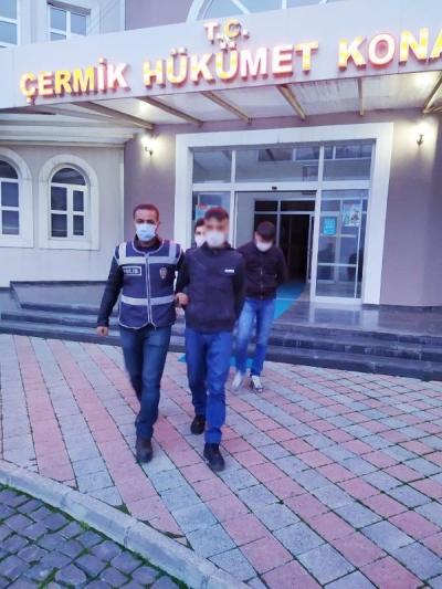 Evden 250 bin liralık altın hırsızlığına 2 tutuklama