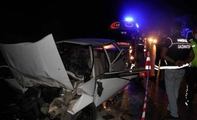 Gaziantep'te 4 aracın karıştığı zincirleme kaza: 4 ölü, 7 yaralı