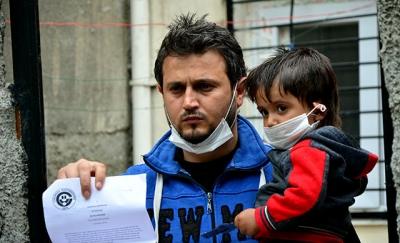 Lösemi hastası Abdurrahman, ilik nakli için ailesinin Suriye'den gelmesini bekliyor