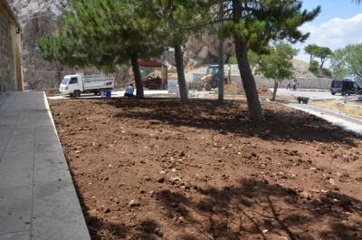 Makam Dağı Restorasyon projesi için kollar sıvandı