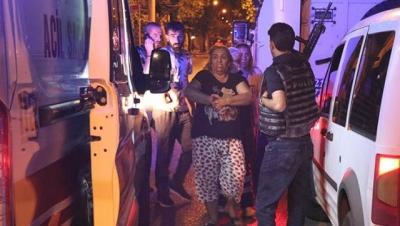 Restoran basıp polise ateş açan şüpheliler, balkonda uyuyan kadını vurdular