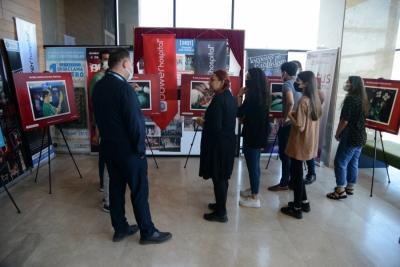 'Şifa Veren Eller' fotoğraf sergisi sanatseverlerle buluştu