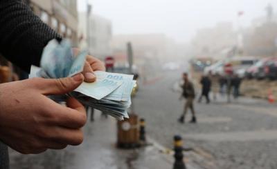 Türk-İş: Yoksulluk sınırı 9 bin 219 lira oldu