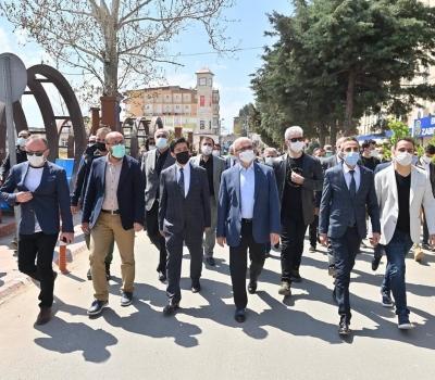 Vali Karaloğlu, Ergani'de vatandaşlarla buluştu