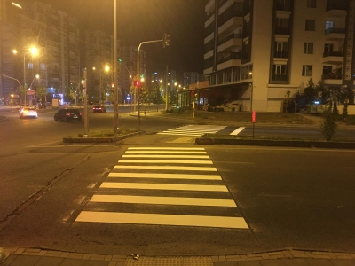 Yenilenen yol çizgileriyle caddeler daha güvenli