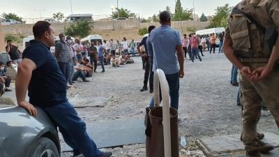 Ergani'de serinlemek için sulama kanalına giren iki kişi boğuldu